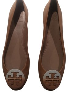 Tory Burch Beige/Sable Flats
