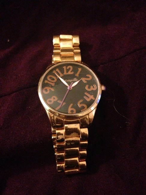 Item - Gold Watch