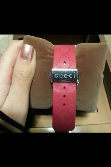 Gucci L-Gucci collection red watch