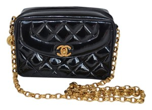 Chanel Vintage Patent Zipper Shoulder Bag