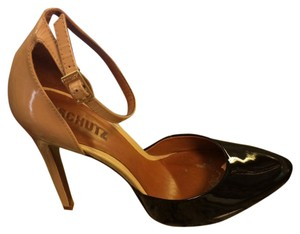 SCHUTZ Black and tan Pumps