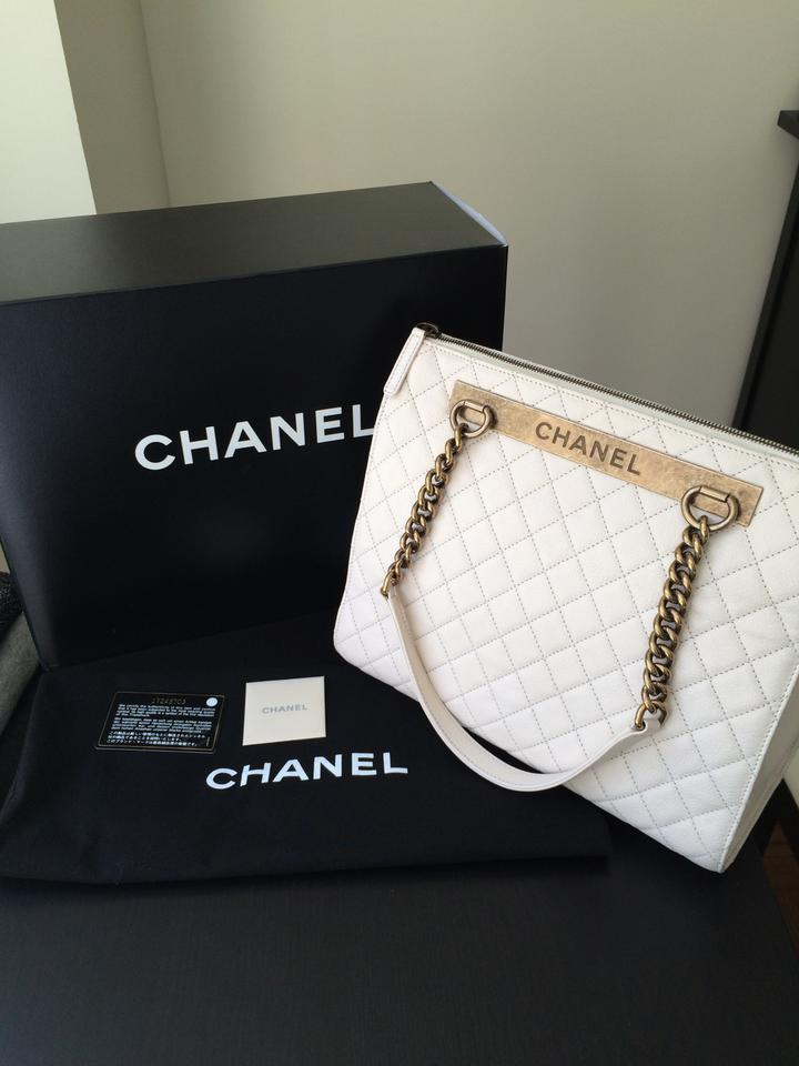 be93be8819b1 Chanel Leather Chain Strap Tote in Ivory Image 10. 1234567891011