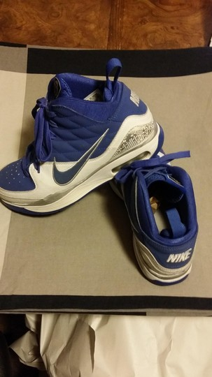 Nike white & blue Athletic
