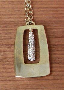 Other Gold Necklace With Sparkle Pendant