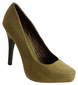 Dollhouse Green Pumps