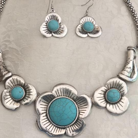 Other Fashion Necklace & Earrings