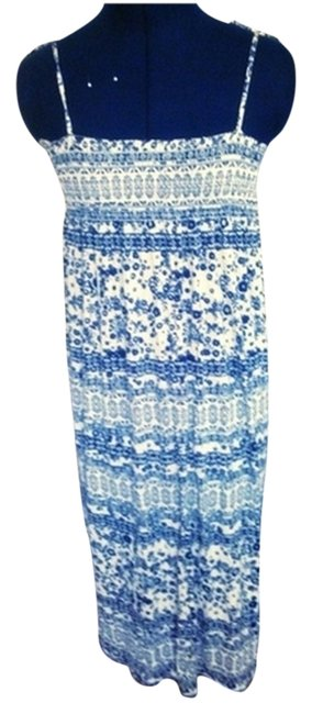 Preload https://img-static.tradesy.com/item/1492517/h-and-m-summer-style-long-casual-maxi-dress-size-4-s-0-0-650-650.jpg
