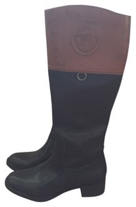 Etienne Aigner Black and tan Boots