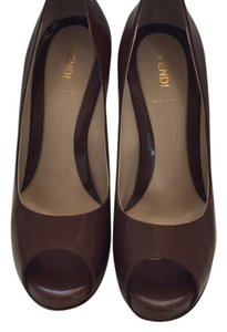 Fendi Cognac Pumps