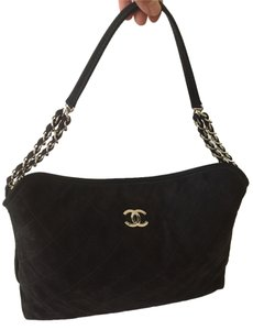 Chanel Quilted Diamond Stitch Calfskin Leather Cross Shoulder Bag
