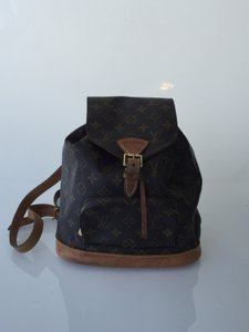 Louis Vuitton Montsouris Mm Backpack