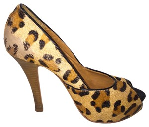 Steven by Steve Madden Heels Woodgrain Cheetah Pumps