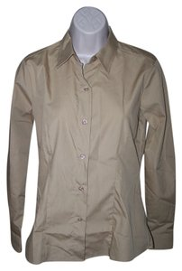 HW New York Size2 Missy Size 2 Button Down Shirt Camel