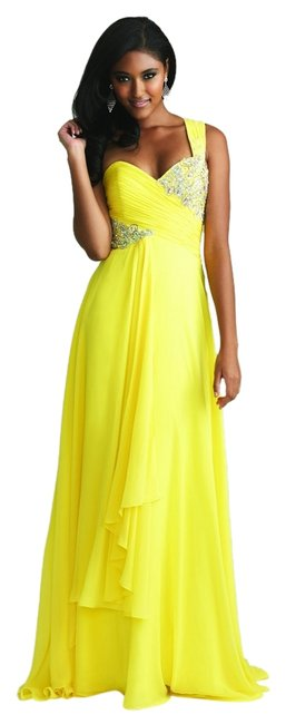 Preload https://item2.tradesy.com/images/night-moves-prom-collection-dress-yellow-1493156-0-0.jpg?width=400&height=650
