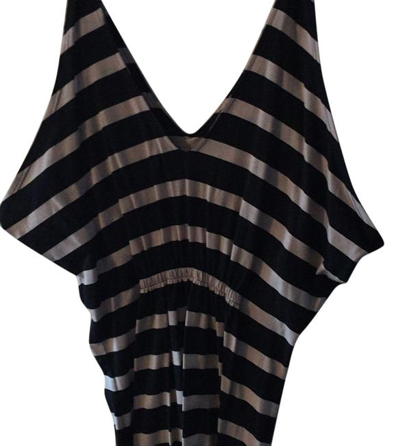 Item - Mid-length Short Casual Dress Size 4 (S)