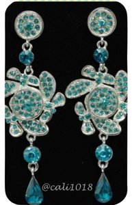 New Beautfiful Austrian Crystal Dangle Earrings