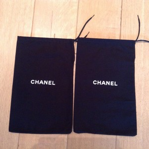 Chanel Set of 2 Chanel dustbags for shoes 8 X 13