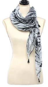Other Animal Printed Oblong Scarf With Metallic Fringe