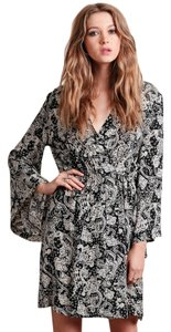 Novella Royale short dress Black and White Kimono Boho Daytonight on Tradesy