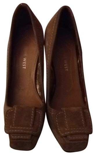 Nine West Dark Tan Pumps