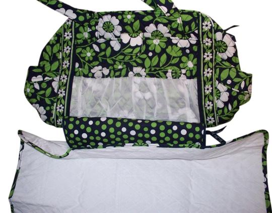 vera bradley make a change changing pad julep tulip lucky you green diaper bag on sale 27 off. Black Bedroom Furniture Sets. Home Design Ideas