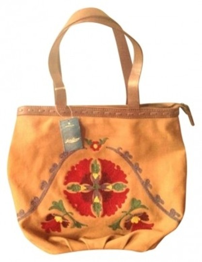 Preload https://item1.tradesy.com/images/lucky-brand-handbag-floral-embroidered-suzani-hkpu1205-canvas-tote-149490-0-0.jpg?width=440&height=440