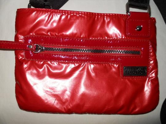 Kenneth Cole Reaction Cross Body Bag Image 1