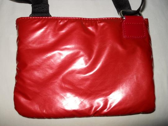 Kenneth Cole Reaction Cross Body Bag Image 6