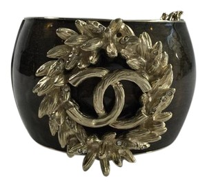 Chanel Bronze and Gold Wheat Chain Enamel Cuff