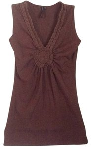 Cha Cha Vente T Shirt Brown