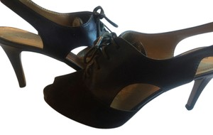 Tahari Dark Brown Platforms