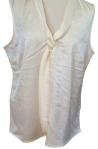Larry Levine Cami Silky Classic Top ivory