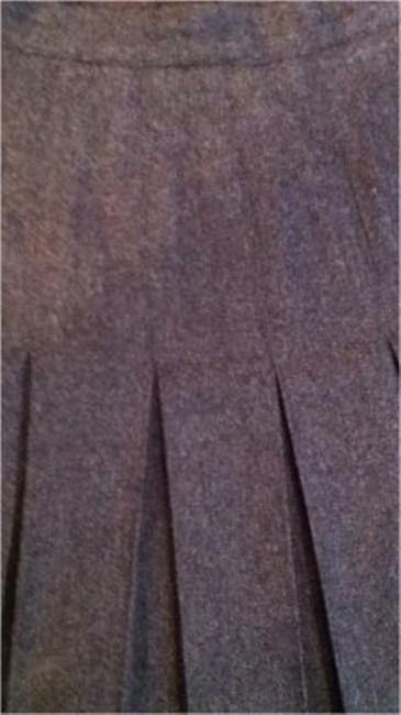 Preload https://item5.tradesy.com/images/gray-1980s-wool-pleated-quality-classic-medium-skirt-size-8-m-29-30-149564-0-0.jpg?width=400&height=650