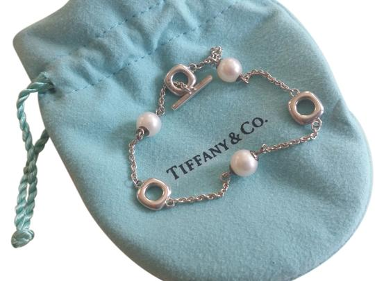 Tiffany & Co. *PEARLS* Tiffany & Co Silver Rare Cushion Pearl Toggle Bracelet