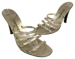 Chanel Espadrille Graffiti Monogram Gold Lambskin Metallic Pumps