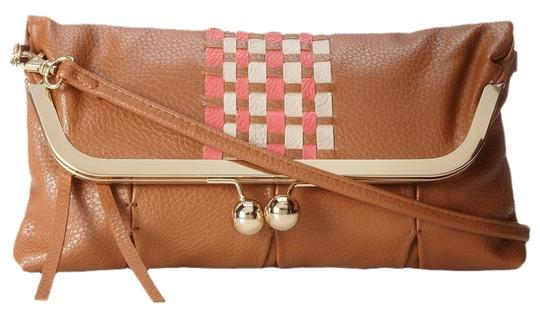 Preload https://item4.tradesy.com/images/jessica-simpson-brown-faux-leather-clutch-1495708-0-0.jpg?width=440&height=440