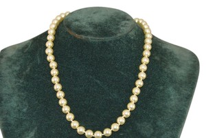 Kenneth Jay Lane KJL Pearls Are Of The Alabaster Glass Pearls W/23k Gold Plated Clasp