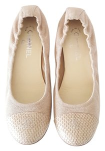 Chanel Canvas beige Flats
