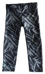 Gap GapFit Capri Leggings Grey Gray Palm Print