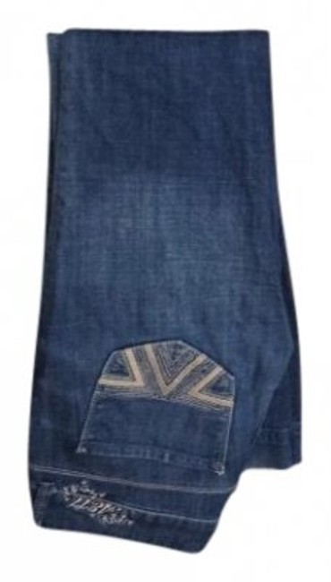 Preload https://item4.tradesy.com/images/american-eagle-outfitters-faded-blue-medium-wash-sparkle-detail-flare-leg-jeans-size-26-2-xs-14963-0-0.jpg?width=400&height=650