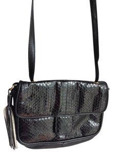 Lord & Taylor Vintage & Leather Python Snakeskin Watersnake Cobra Snakeskin Genuine Leather Tassel Cross Body Bag