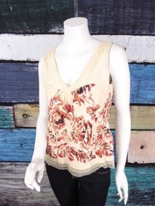 Anthropologie Odille Beige Top Beige, Red