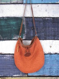 Fossil Woven Straw Leather Handbag Wood Key Fob Shoulder Bag