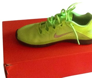 Nike Lime/black Athletic