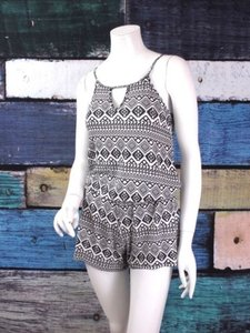 Tart Tart Intimates Anthropologie Black White Tribal Pajama Pj Romper