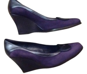 Donald J. Pliner Suede Leather Made In Spain Purple Suede Wedges
