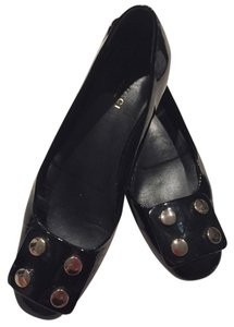 Gucci Black Patent Leather Flats