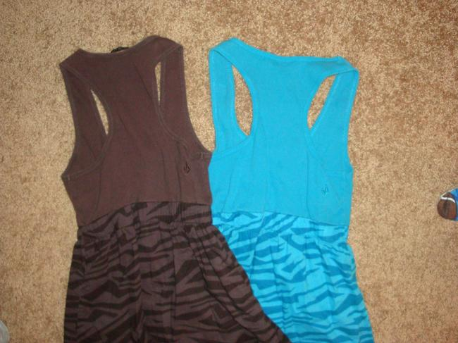 Volcom Top Teal and Brown Image 3