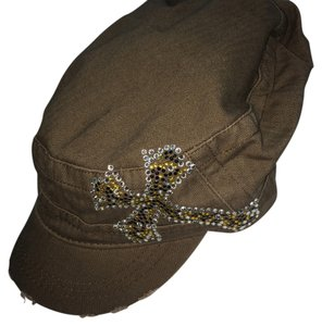 Katydid NEW*** Brown hat with embellishment pactch