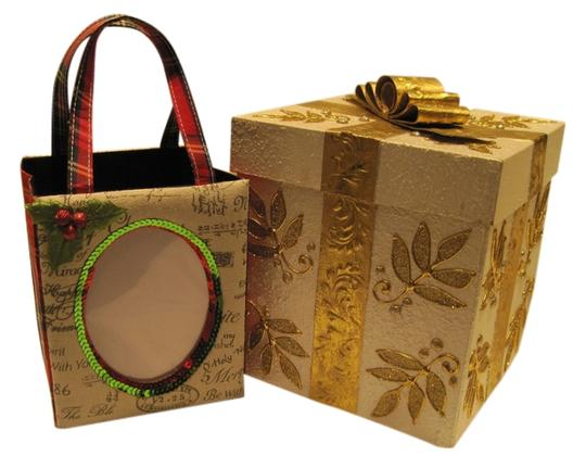 Preload https://item2.tradesy.com/images/oher-gift-box-and-bag-1497641-0-0.jpg?width=440&height=440